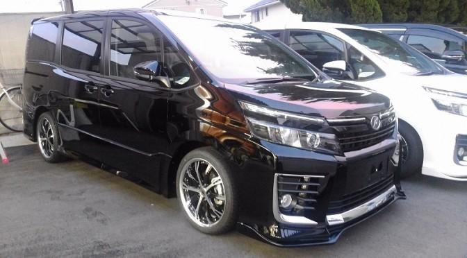 KUHL PREMIUM!新車VOXYシルクブレイズコンプリート!静岡県登録納車!
